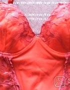 czerwony wyszywany fioletem secret 36...