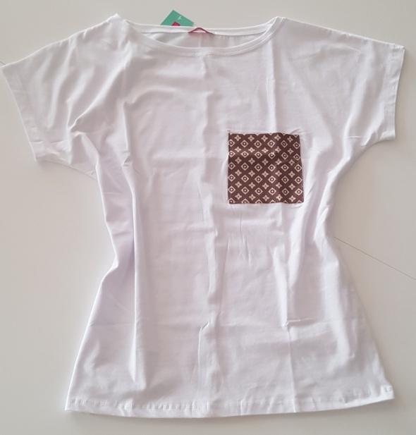 Bluzka Tshirt z kieszonką