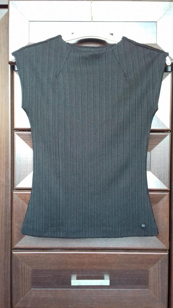 Czarna bluzeczka Reserved...
