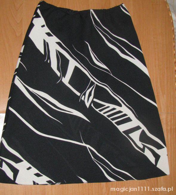 Spódnice Czarno biała spódnica przed kolano rozmiar M 38