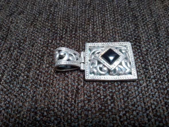 Stara srebrna masywna zawieszka