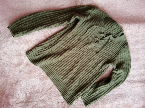 sweterek khaki wiazanie