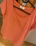 malinowy T shirt w serduszka rozmiar M Papaya...
