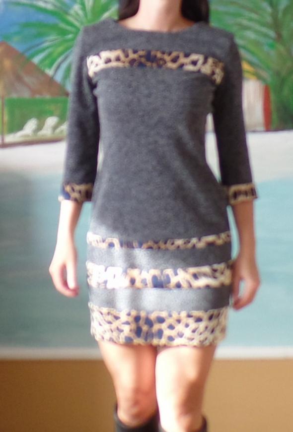 śliczna ciemnoszara sukienka wstawki panterka