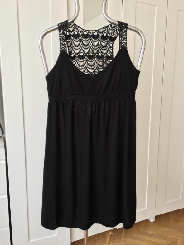 Czarna sukienka letnia Lindex rozm S