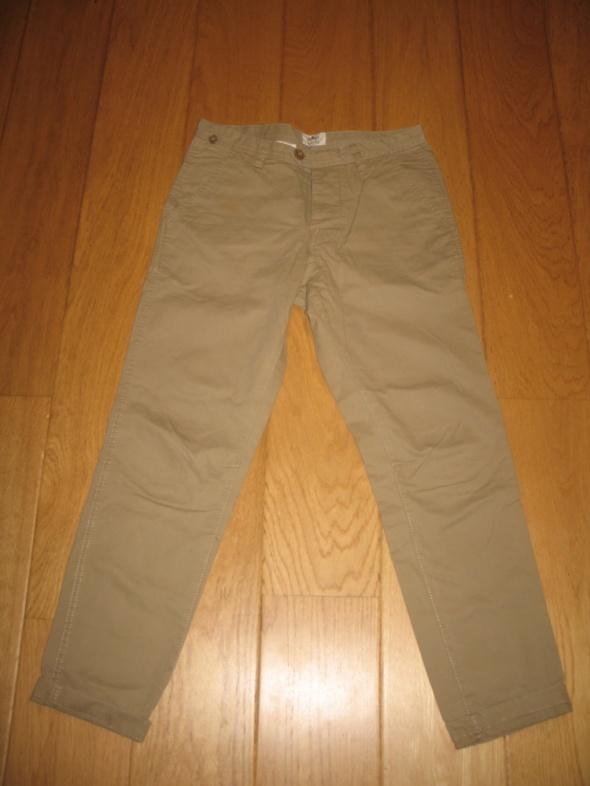 Beżowe spodnie Soviet L