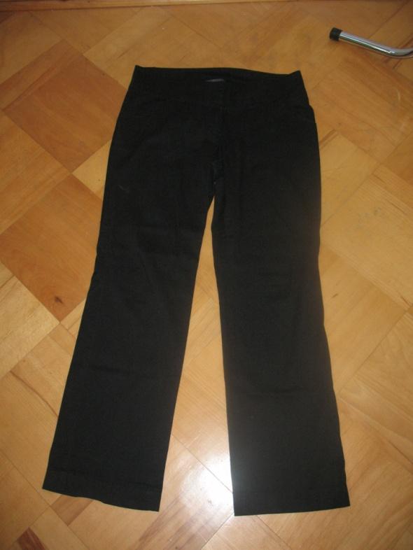 Czarne spodnie Top Secret rozm L...