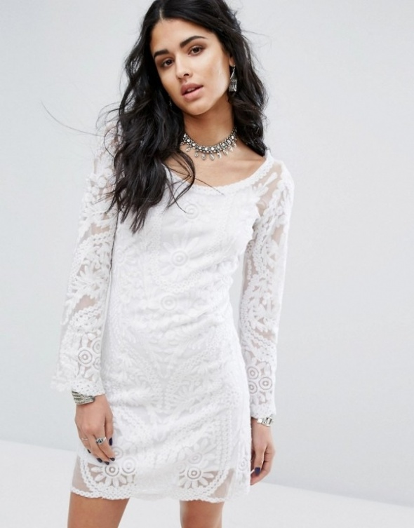 biała sukienka wzorki...