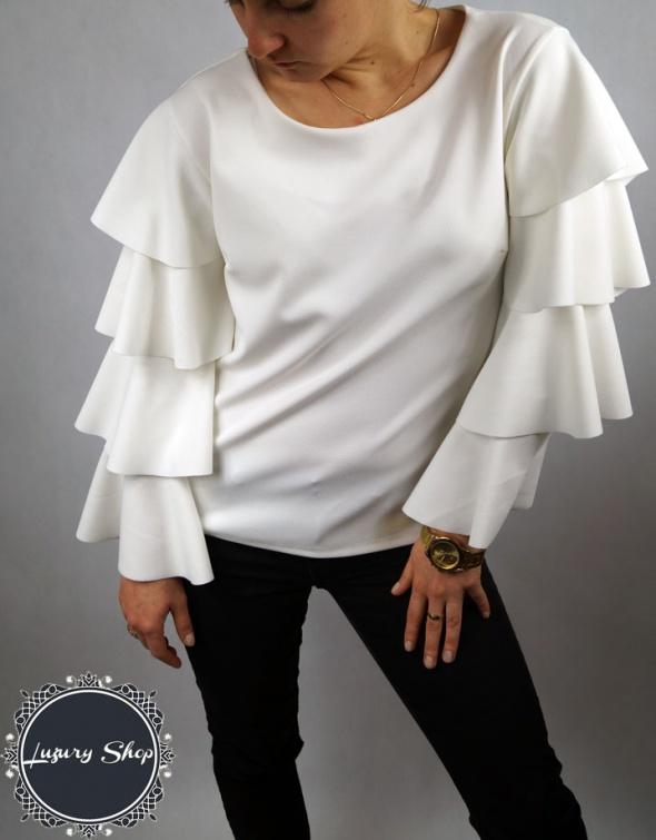 Bluzka z falbanami cudo biała