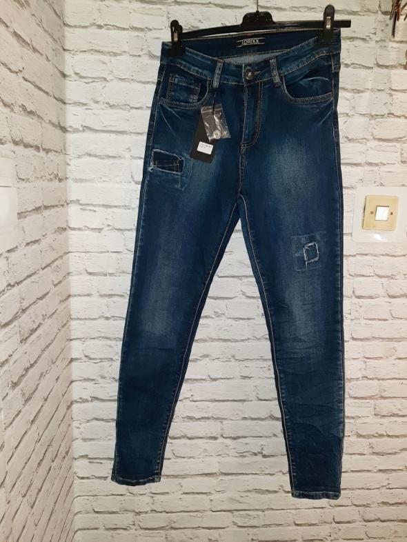 Idealne nowe spodnie jeansy rurki S