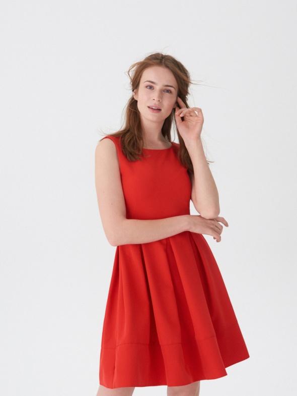 Sukienka House elegancka dekolt r M 38