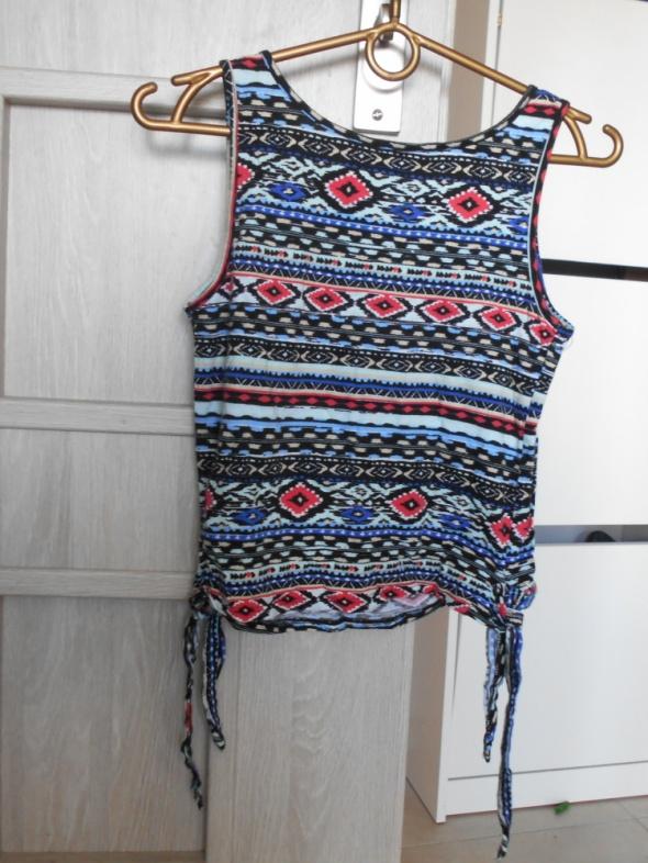 New Look aztec crop top wzory azteckie wiązany