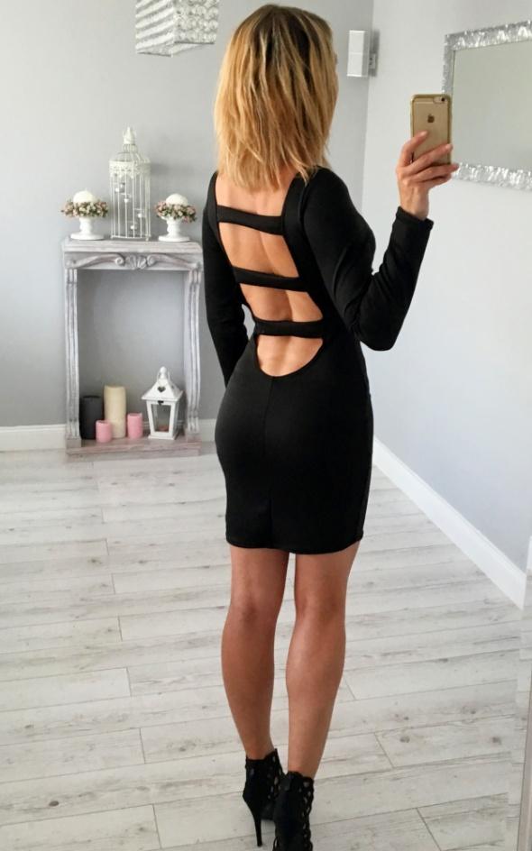 Sexy mini sukienka wycięcia czarna tył plecy uni