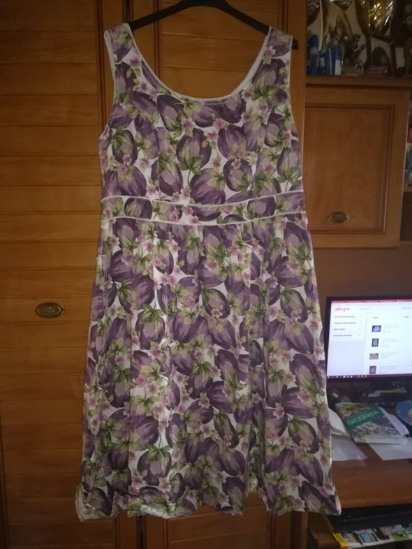 TU śliczna sukienka na lato dla puszystej 46