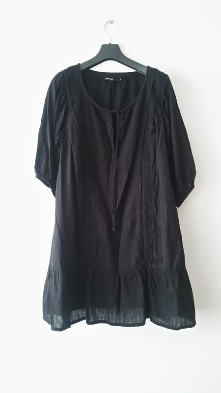 Suknie i sukienki Czarna sukienka Vero Moda mala czarna