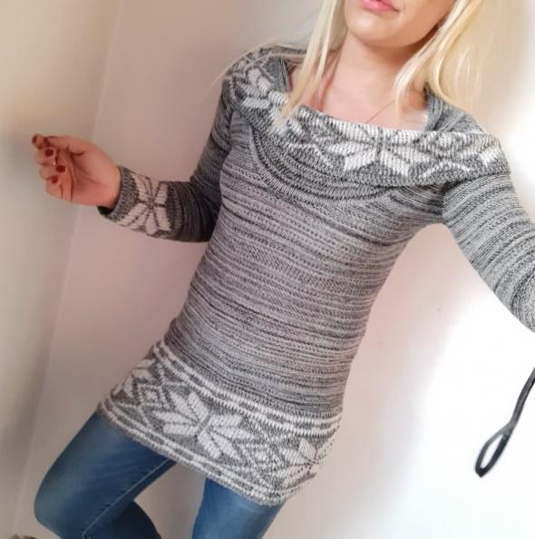 sweter wzór norweski norweskie długi z golfem szary r S