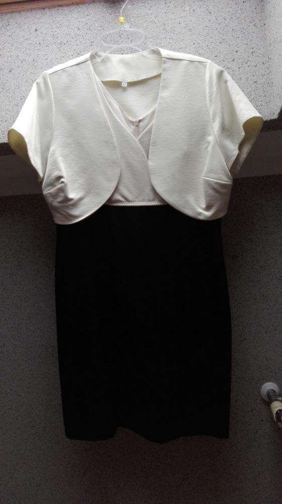 201c2634e5 Biało czarna sukienka z bolerkiem dół marszczony w Suknie i sukienki ...