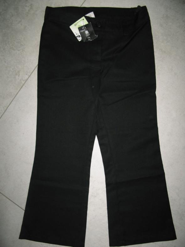 NEXT dziewczęce czarne eleganckie spodnie roz 116