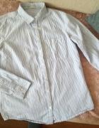 Niebieska koszula w paski...