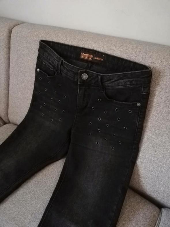NOWE c&a ciemne jeansy rurki super skinny z nitami