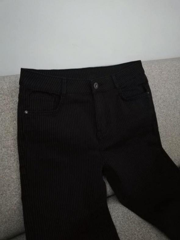 NOWE c&a czarne spodnie w prążki