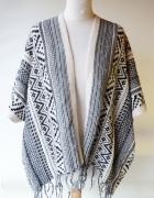 Sweter Frędzle One Size Narzutka Knit Wear Wzory Aztec...