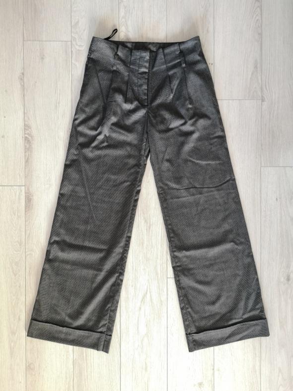 Spodnie Szerokie spodnie garniturowe New Look S