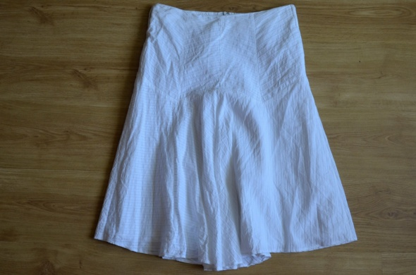 447bhs biała spódnica 40...