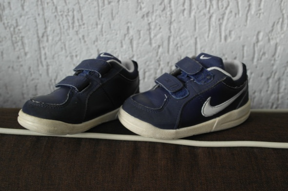Nike buciki sportowe 24