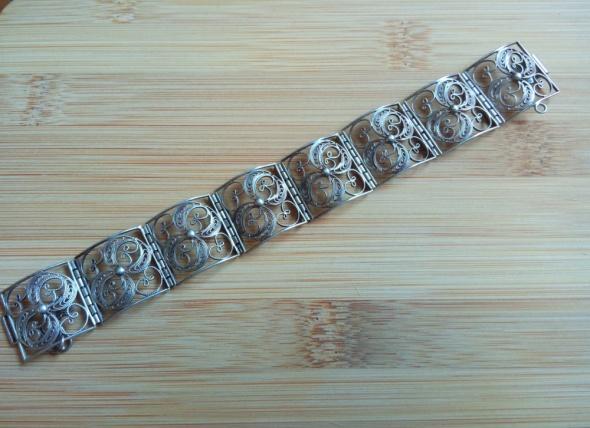 Filigranowa srebrna jedyna w swoim rodzaju