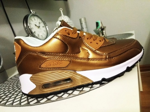 Złote Nike AirMax 38...
