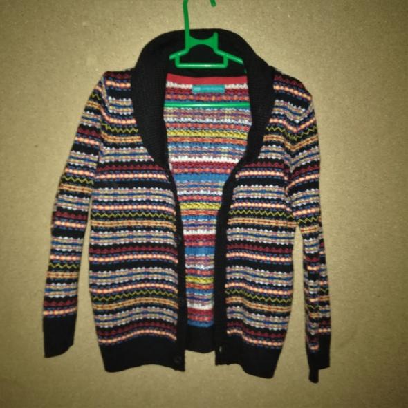 Kolorowy rozpinany sweterek z kołnierzem 110 cm 4 5 lat