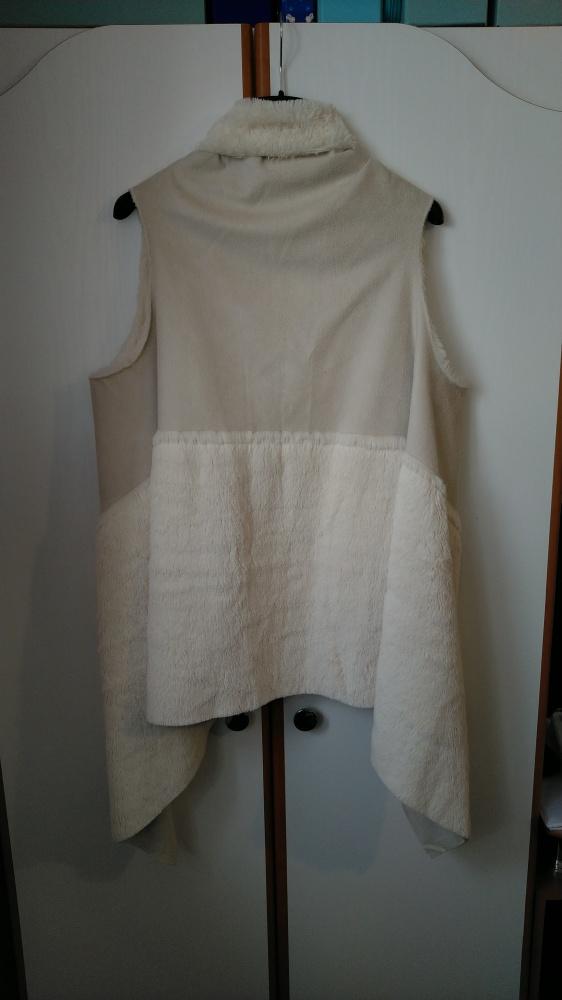 Odzież wierzchnia Narzutka kamizelka futerko kurteczka zamszowa dwustronna białe futro