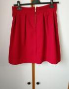 czerwona elegancka spódniczka midi przed kolano śliczna...
