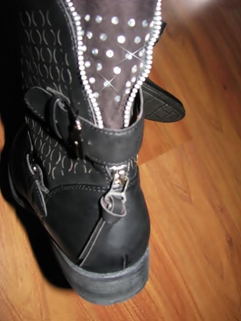 Świetne NOWE buty motocyklówki cyrkonie 40