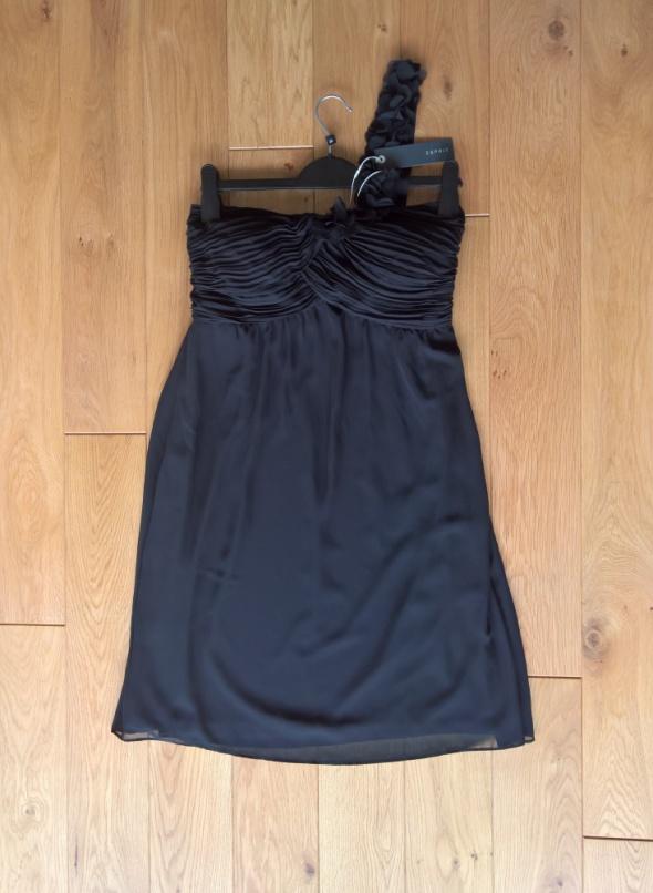 Czarna sukienka Esprit kwiatki nowa
