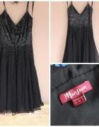 Czarna piękna sukienka w cekiny...