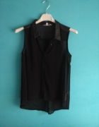 Czarna koszula bez rękawów ze skórzanymi wstawkami...