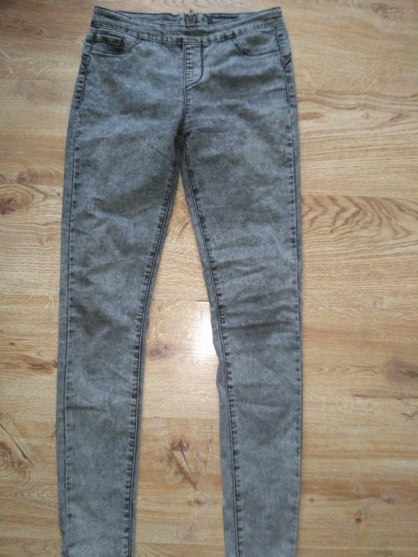 Szare dżinsowe jegginsy z zamkiem z tyłu 38