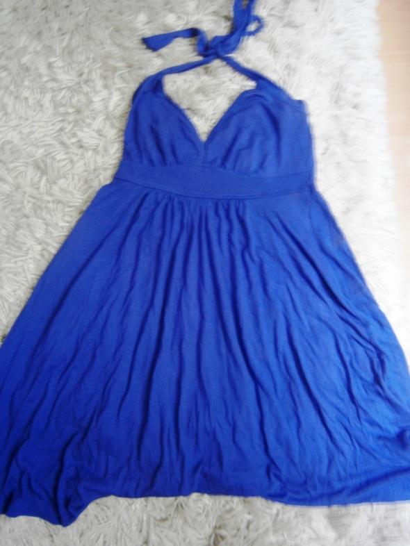 Letnia sukienka bez pleców TROLL...