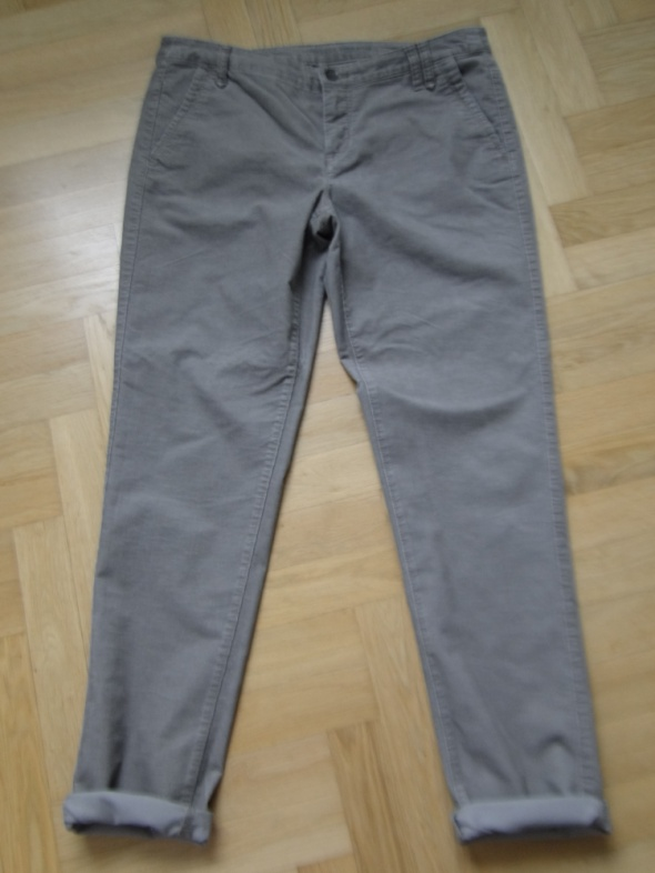 Spodnie chino brunatne 40 drobny sztruks