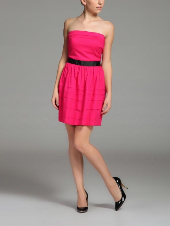 Różowa sukienka bombka rozkloszowana XL...