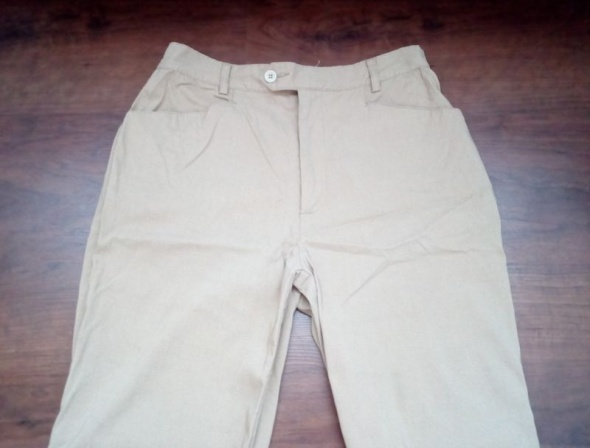Spodnie nude