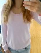 pudrowy różowy sweterek...