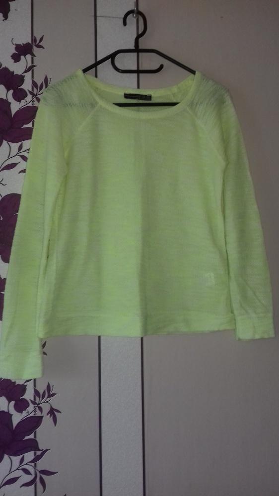 neon bluzka...