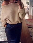 nowy brązowy sweter