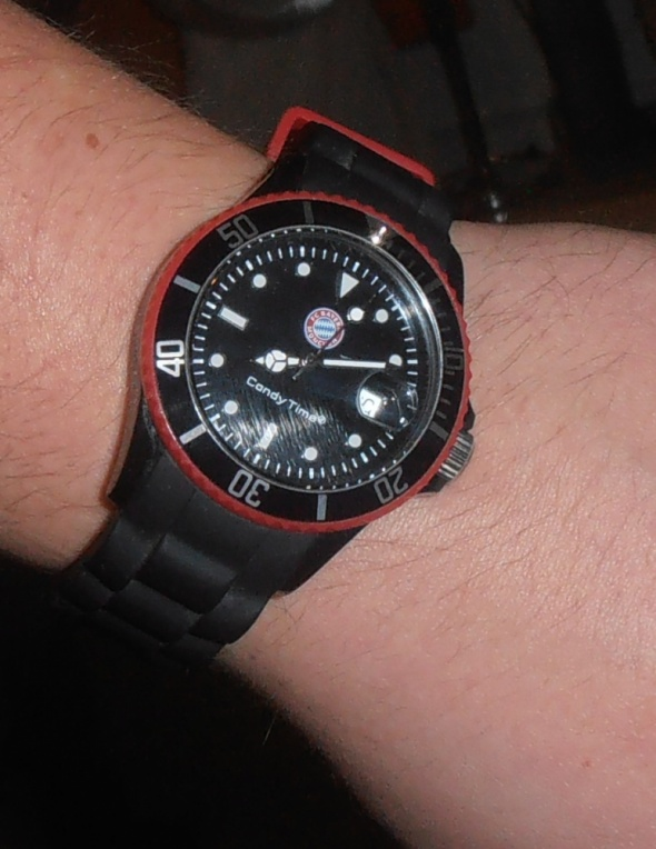 Sportowy czarnoczerwony zegarek Candy Time Madison New York