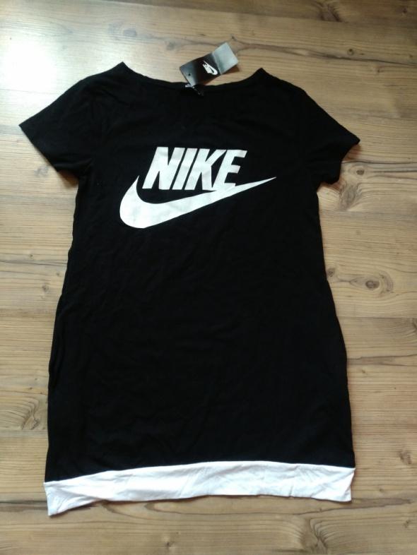 Sukienka nowa z metkami Nike M