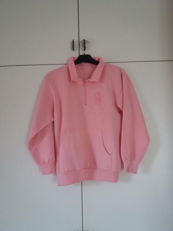 Różowa bluza pull&bear