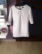 Biała pikowana sukienka...